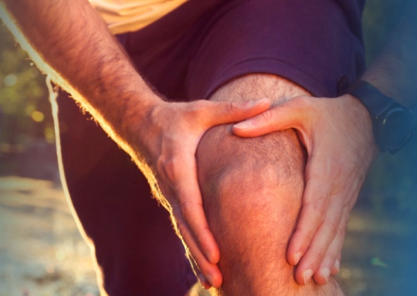 Are you suffering from a chronic knee pain?  Read this and learn about a new device to treat symptoms of osteoarthritis!